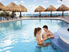 Occidental Tucancun - Pool Bar